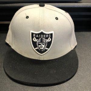 NFL Mitchell & Ness Oakland Raiders SnapBack